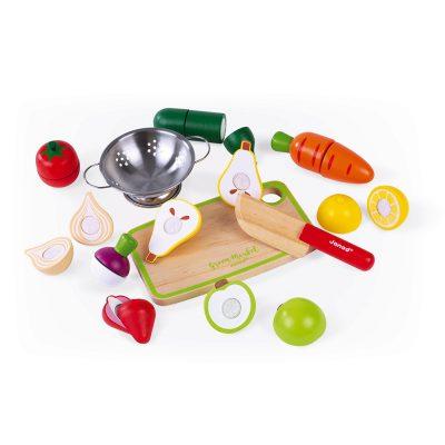 Janod drveni set voća i povrća. Ovaj set drvenog voća i povrća predivan je način da podstaknete igranje uloga vašeg deteta.