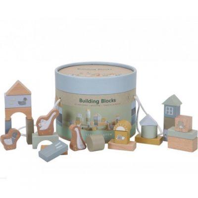 Kutija iz Little Goose kolekcije sadrži 50 drvenih kocaka različitih oblika i boja.Kutija ima dve drške, pa je jednostavno možete poneti sa sobom!